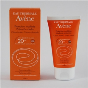 Avene Crema Protección total 20B-20A 50Ml color